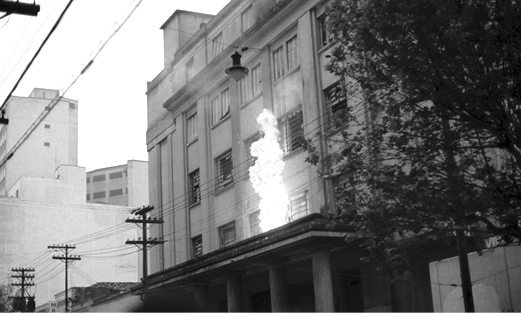Faculdade de Filosofia da USP atacada pela direita golpista em 1968
